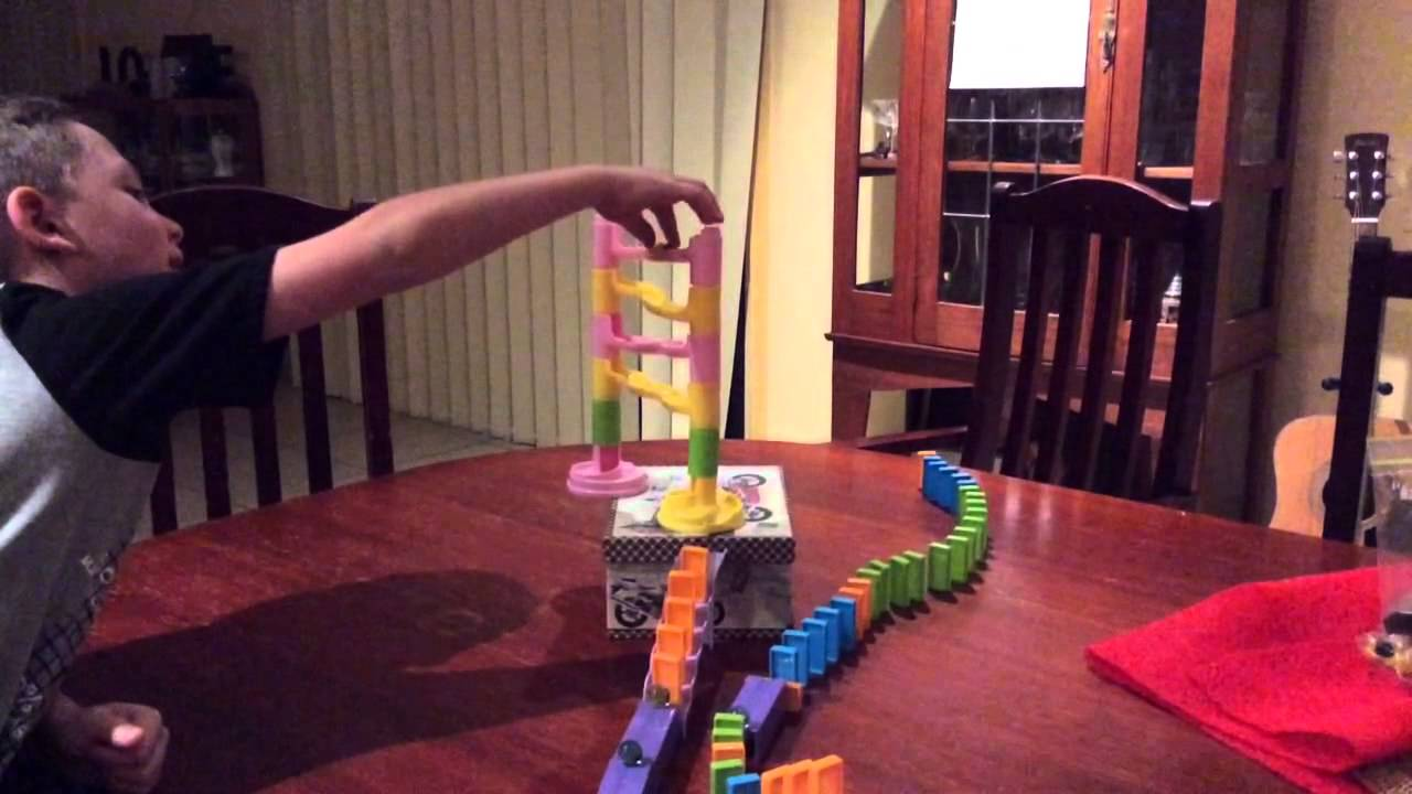 Marble run and dominos experiment